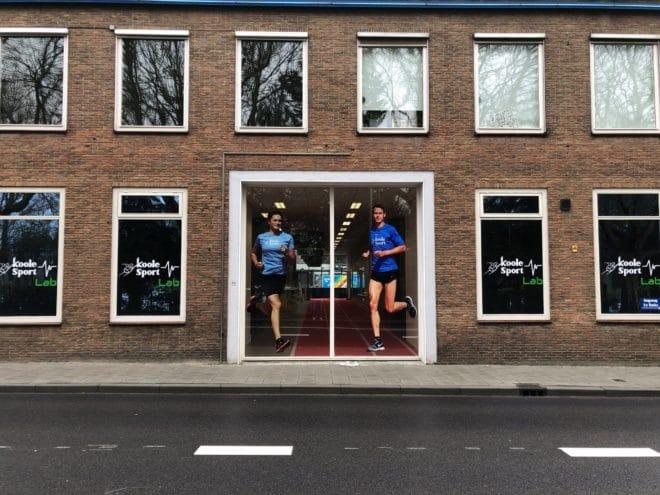 edfbc0f9cbb Natuurlijk is zijn winkel in Middelburg voor velen een begrip, je vind er  veel op gebied van duursport. Sinds gisteren is er het Koole Sport Lab ;  Het Koole ...