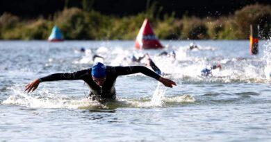 WK tijdrijden met Lisa en Sara; Sloveense triathlonsport; Zwemmers die op triathlon overstappen; ETU Cup Belgrado – WTJ 1630